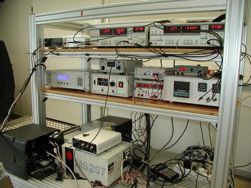 Monochromator+electronics.JPG